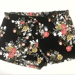 NWT Plus 3X Like An Angel Black Floral Shorts